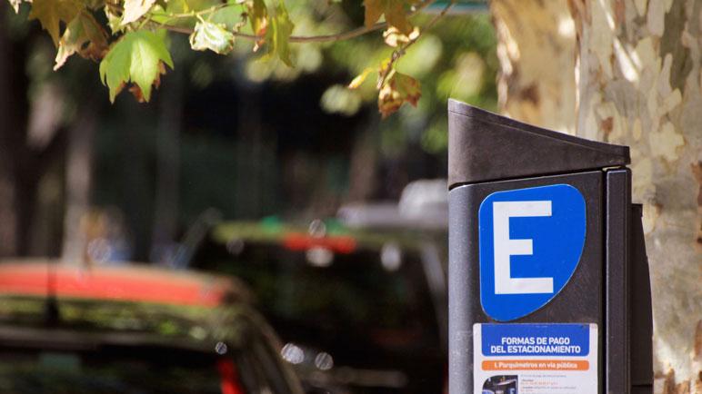 """El nuevo sistema de estacionamiento medido garantizará """"agilidad y transparencia""""."""