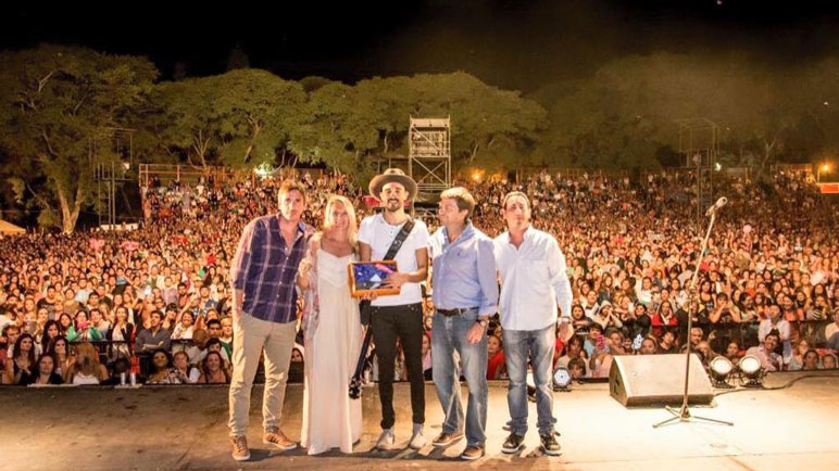 El Festival de Baradero reúne a reconocidos artistas del país.