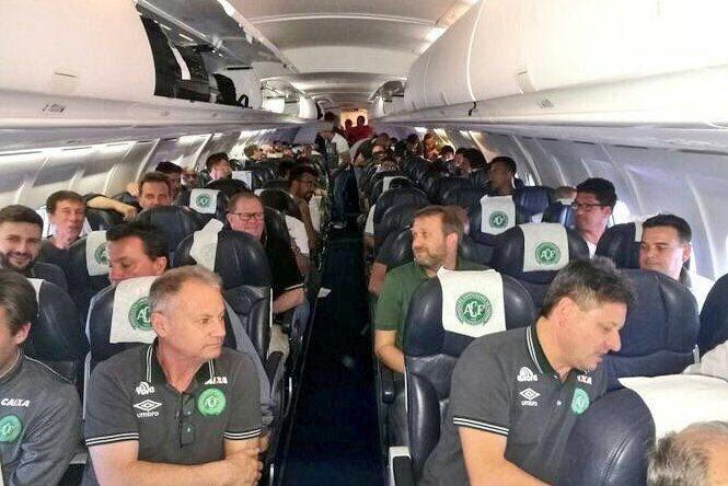 La delegación chapecoense a bordo.