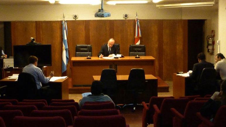 El juicio oral y público que se desarrolla en los tribunales de Venado Tuerto.