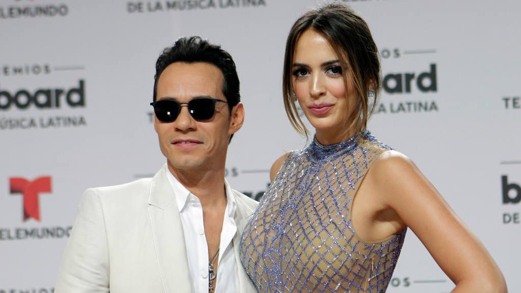 El cantante oficializó su divorcio con De Lima. ¿La culpa la tuvo ese beso?
