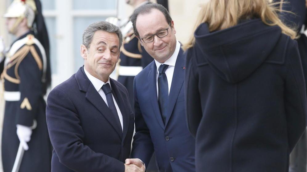 El ex presidenteSarkozy y el actualHollandepueden ser vencidos por la ultraderecha(EFE)