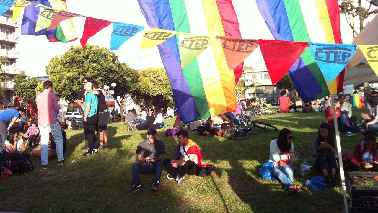 El encuentro comenzó a las 17, en la Plaza Libertad. (Foto: Morena Pardo)