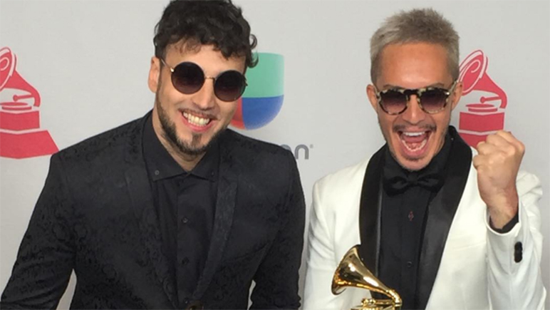 El hijo del Flaco Spinetta triunfó en los Grammy