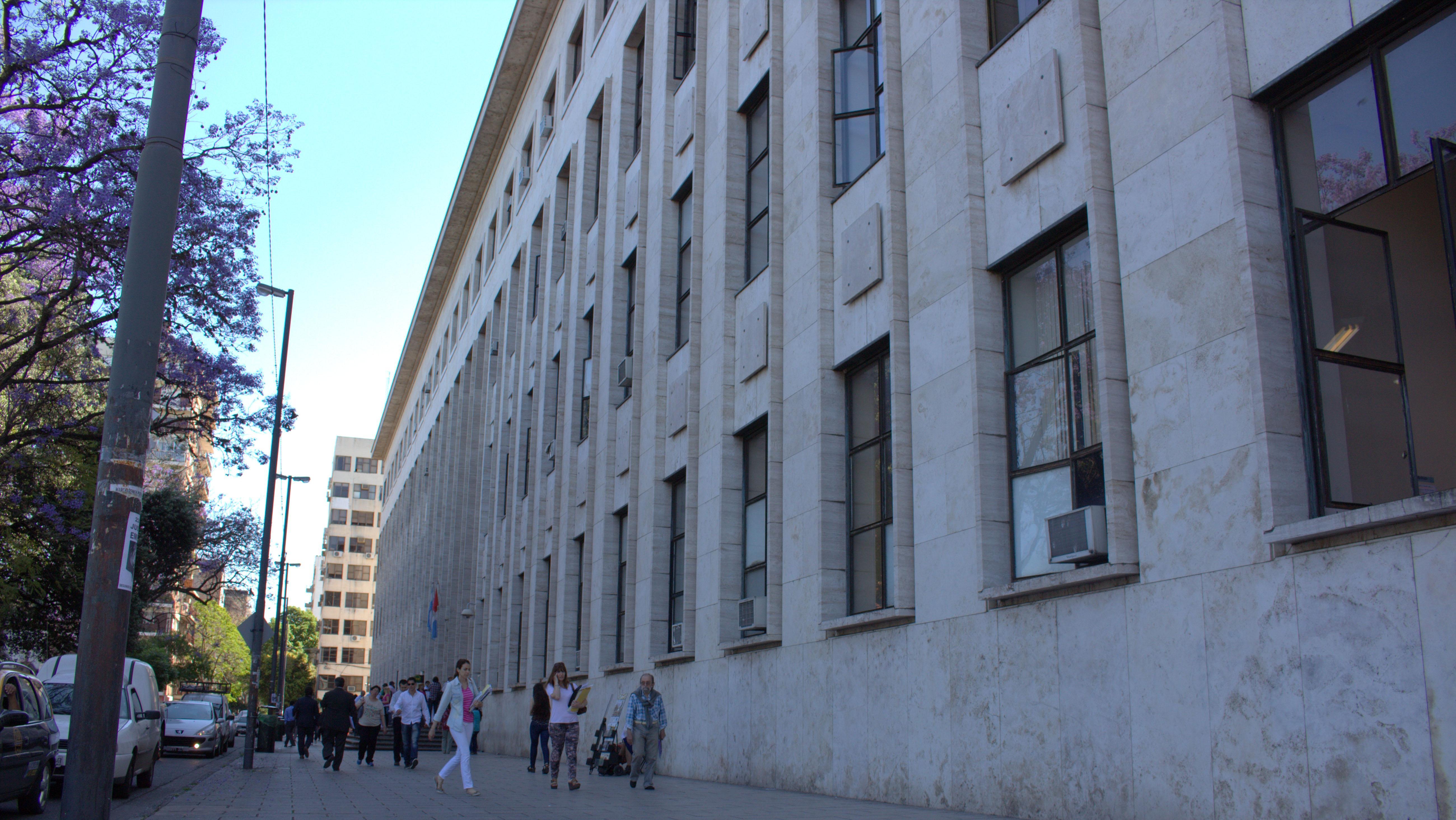 A hacer trámites el jueves: martes y miércoles las puertas del Tribunal permanecen cerradas.