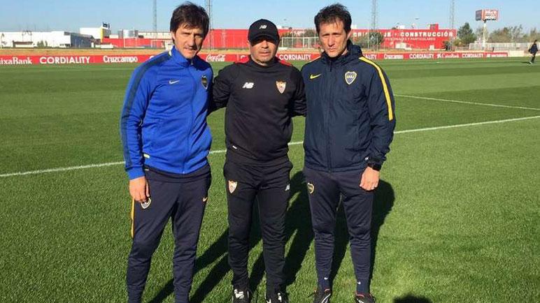Sampaoli recibió la visita de los Barros Schelotto en la práctica.
