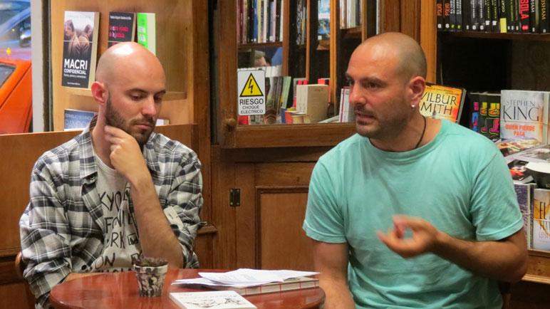 El periodista Pablo Paván fue el moderador de la charla de Kurt.