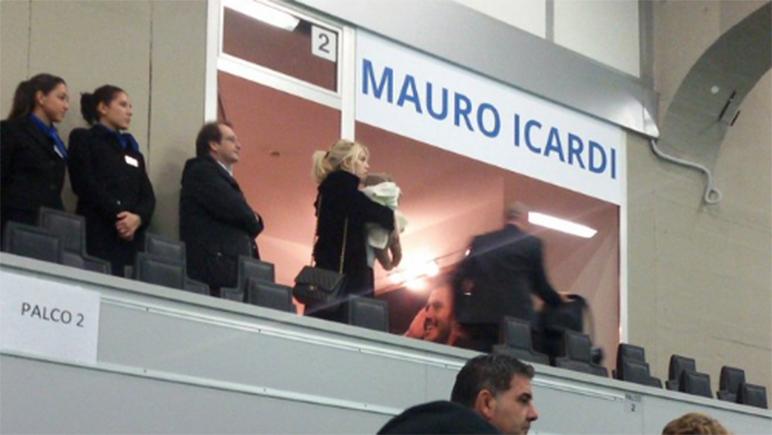 Wanda y su recién nacida fueron a ver a Icardi a la cancha