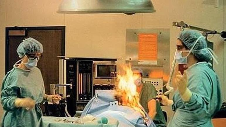 Atenti: no es la primera vez que se incendia un quirófano por algo parecido