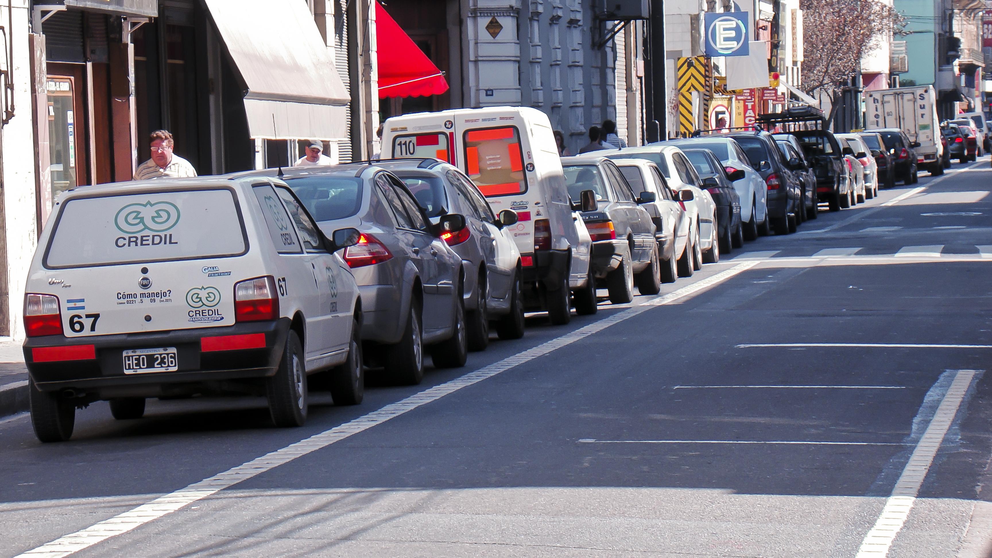 Rosario tiene estacionamiento medido en más de 500 cuadras