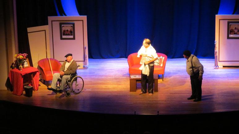 El Teatro Independiente Arteaga engalanó el Dante.