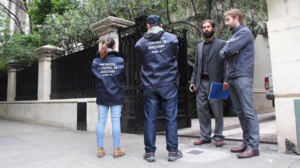 Los allanamientos comenzaron temprano. Varios ocurrieron en el centro de Rosario