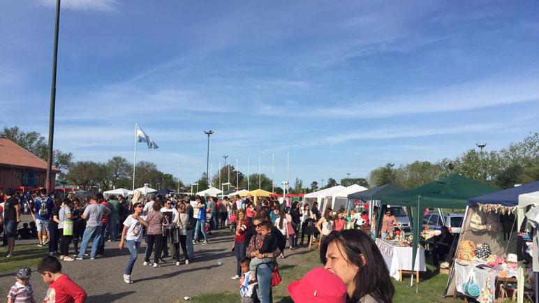 El predio del Ferroclub de Arequito se llenó de actividades. Foto Facebook Fiesta Nacional de la Soja.