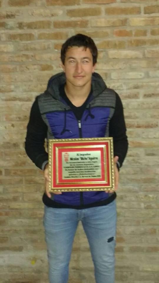 """Premio para """"El Bicho""""."""
