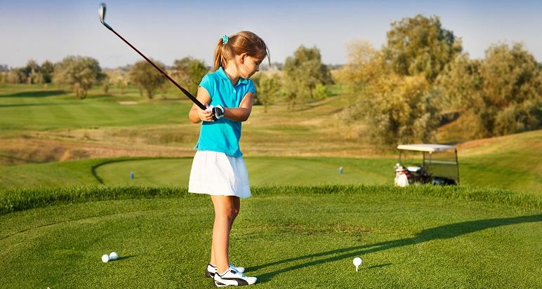 Un domingo ideal para que los chicos se sumen al golf.