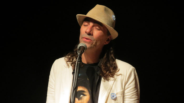 Alejandro Lopíccolo tiene un extenso recorrido por los escenarios.