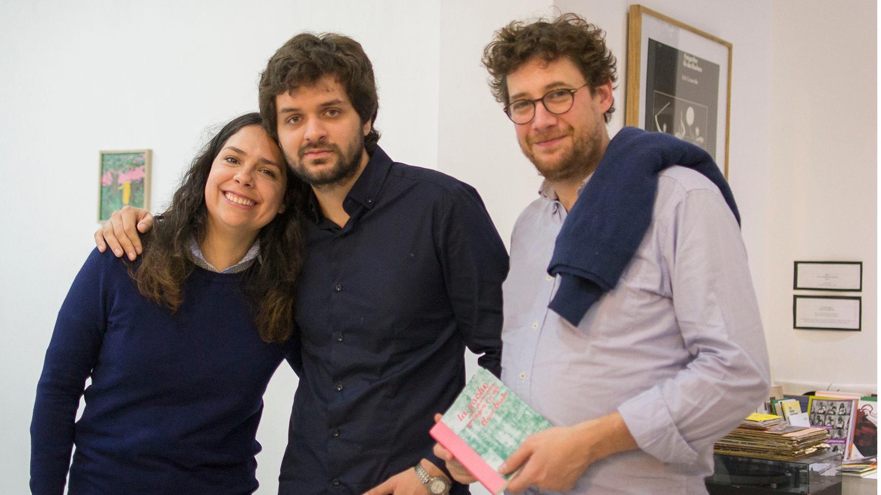 La presentación del libro de Daniel Basilio, junto al editor Nicolás Manzi.