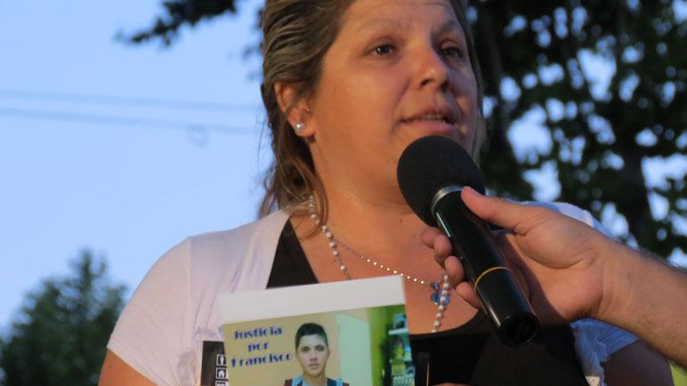 Yanina pide justicia por la muerte de su hijo.