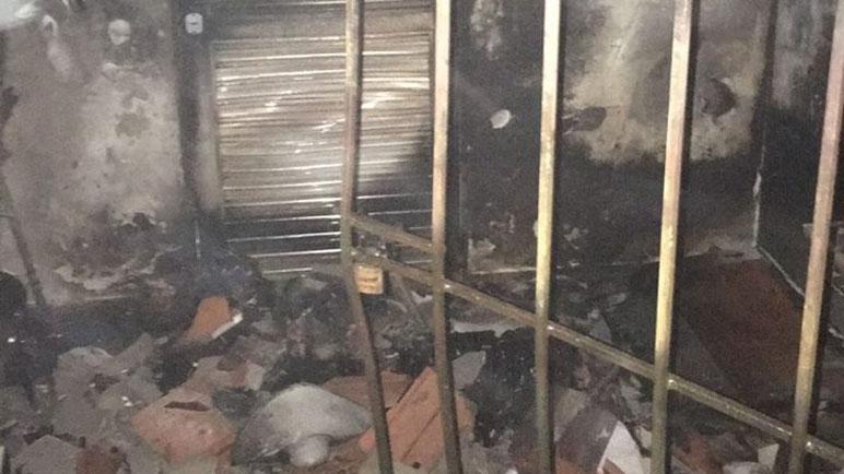 Las instalaciones dañadas por el fuego.