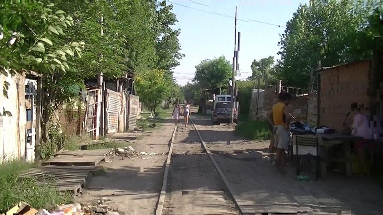 La falta de urbanización favorece las andanzas de los violentos (foto: radiocheguevara.blogspot.com)
