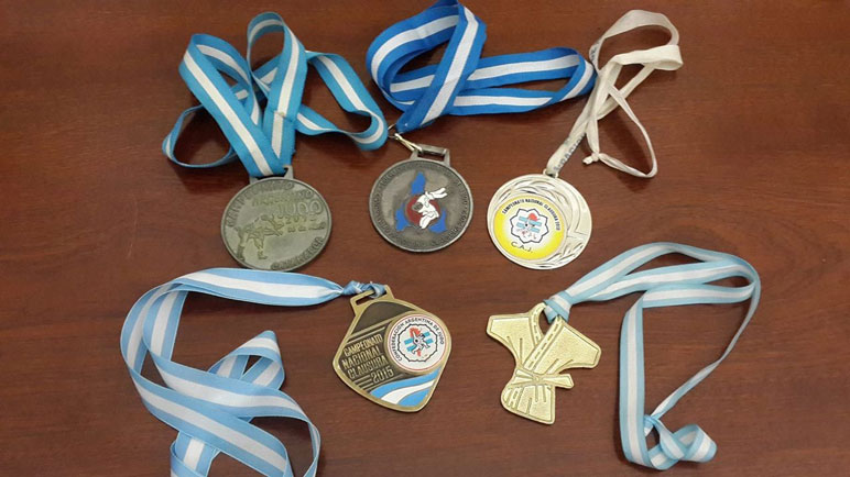 Algunos de los premios obtenidos por los deportistas.