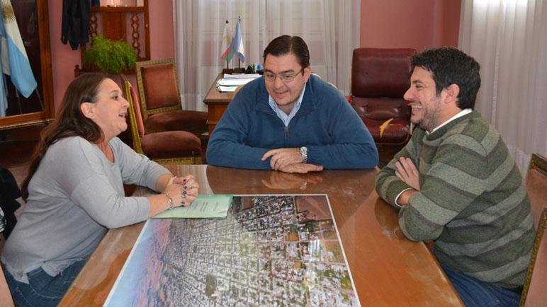 María Laura Paglialonga, Juan José Sarasola y Juan Pablo Massetani.
