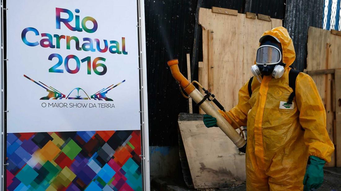 Brasil utiliza agresivos plaguicidas para combatir enfermedades como el Dengue y el Zika(EFE)