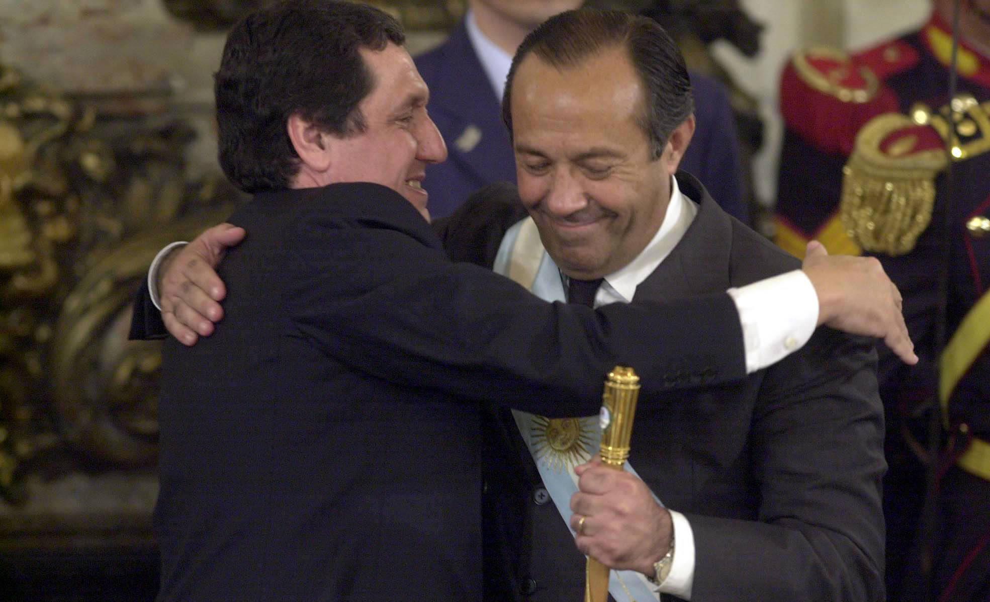 El 30 de diciembre de 2001, Rodríguez Saá renunció a la presidencia de la Nación. Había asumido una semana antes.