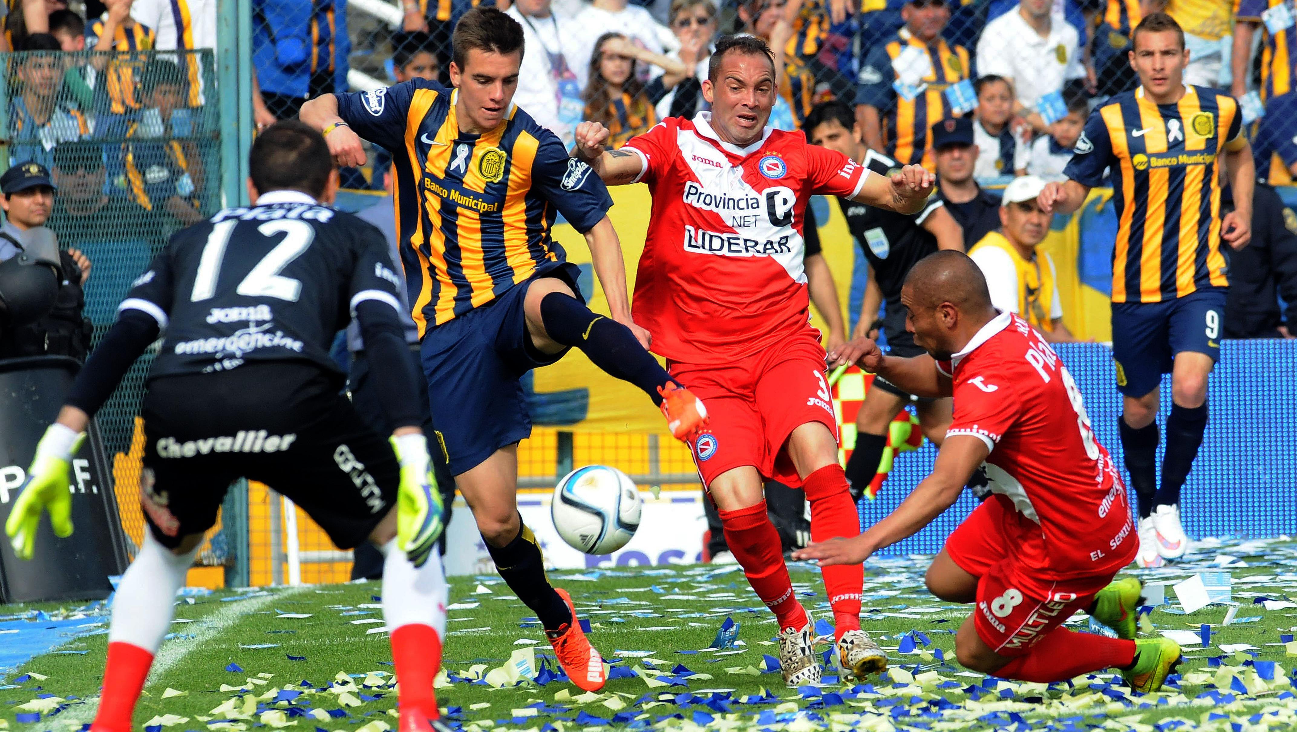 Giovani Lo Celso fue una de las figuras en el triunfo canaya. (Foto: Télam)