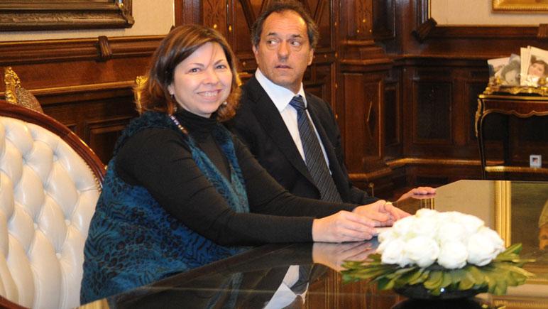 Scioli sigue dando a conocer los nombres de sus ministros si resulta electo presidente.