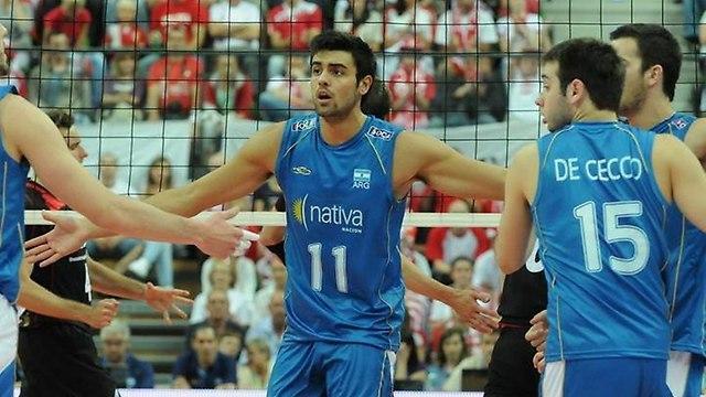 El rosarino fue elegido para el equipo ideal, clasificó con Argentina y ganó con Italia