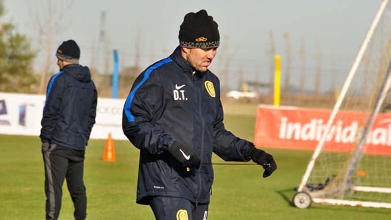 El entrenador sorprendió con sus declaraciones por su continuidad al frente del equipo.