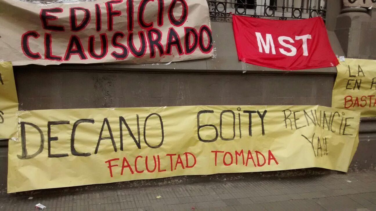 Tras el incidente en Humanidades, el Decano quedó en el centro de la polémica.