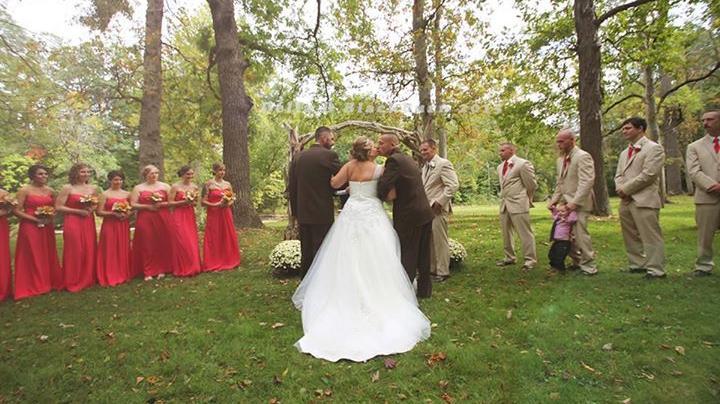Ceremonias de casamiento emotivas hay muchas, pero como esta ninguna.