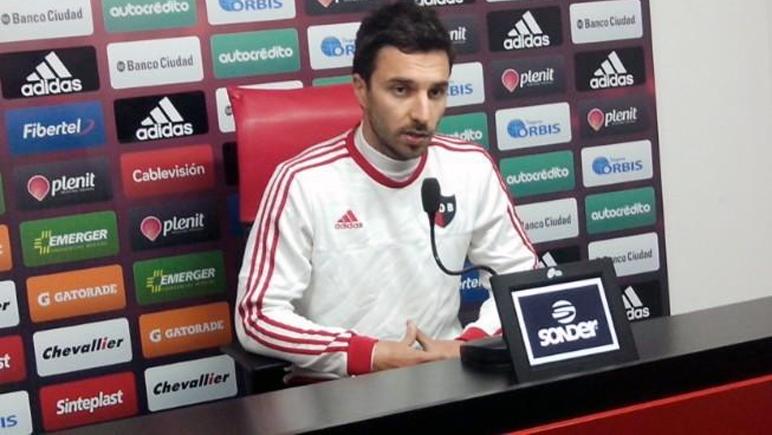 Nacho habló con la prensa luego de la práctica del martes. (Foto: Nob oficial)