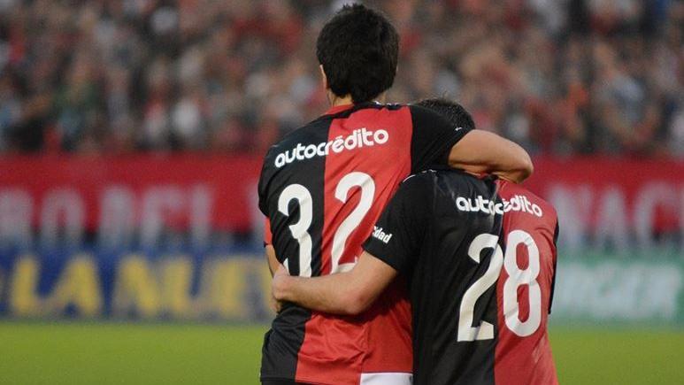 Scocco necesita volver al gol para levantar a un golpeado Newell's. (Foto: Nob oficial)