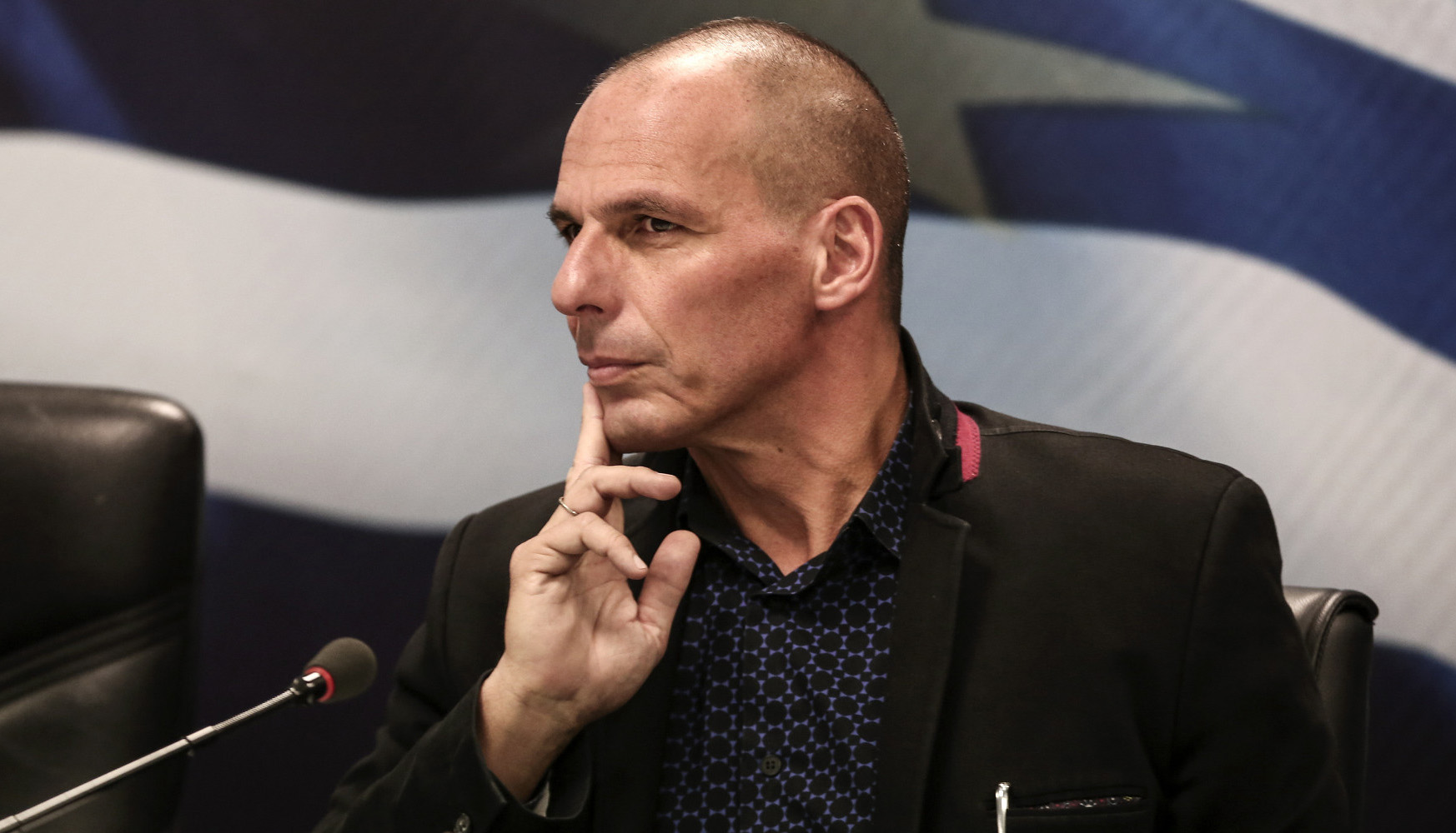 El griego Yanis Varufakis firmó la carta