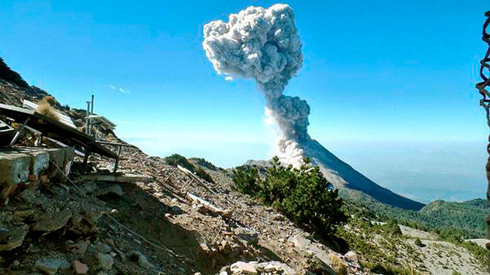 El volcán Calbuco produjo actividad luego de 43 años