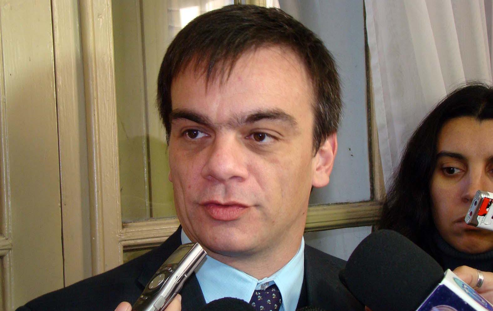 El ministro de Justicia provincial, Juan Lewis