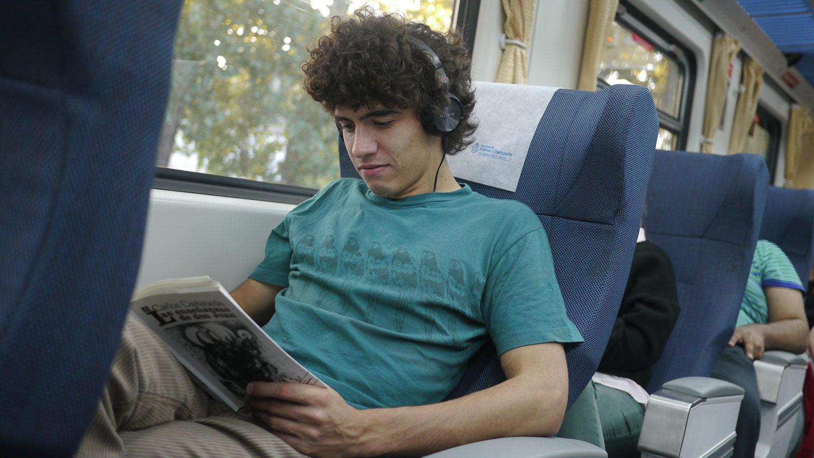 6 horas y media de viaje son la mejor excusa para un buen libro