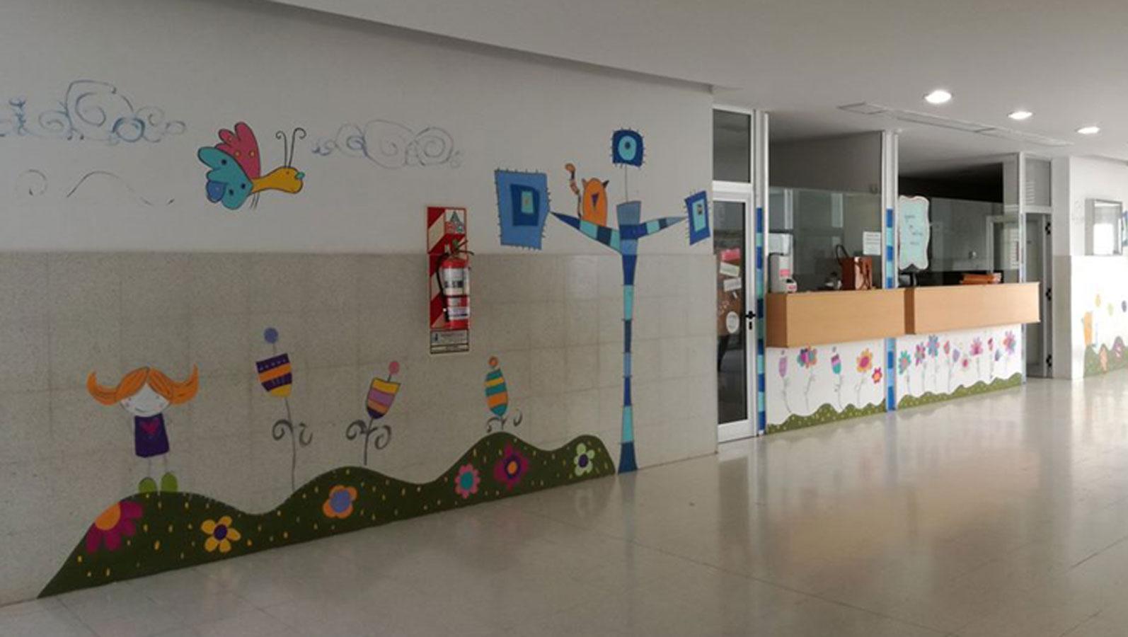 Abrazo simbólico al Centro de Salud Maiztegui.