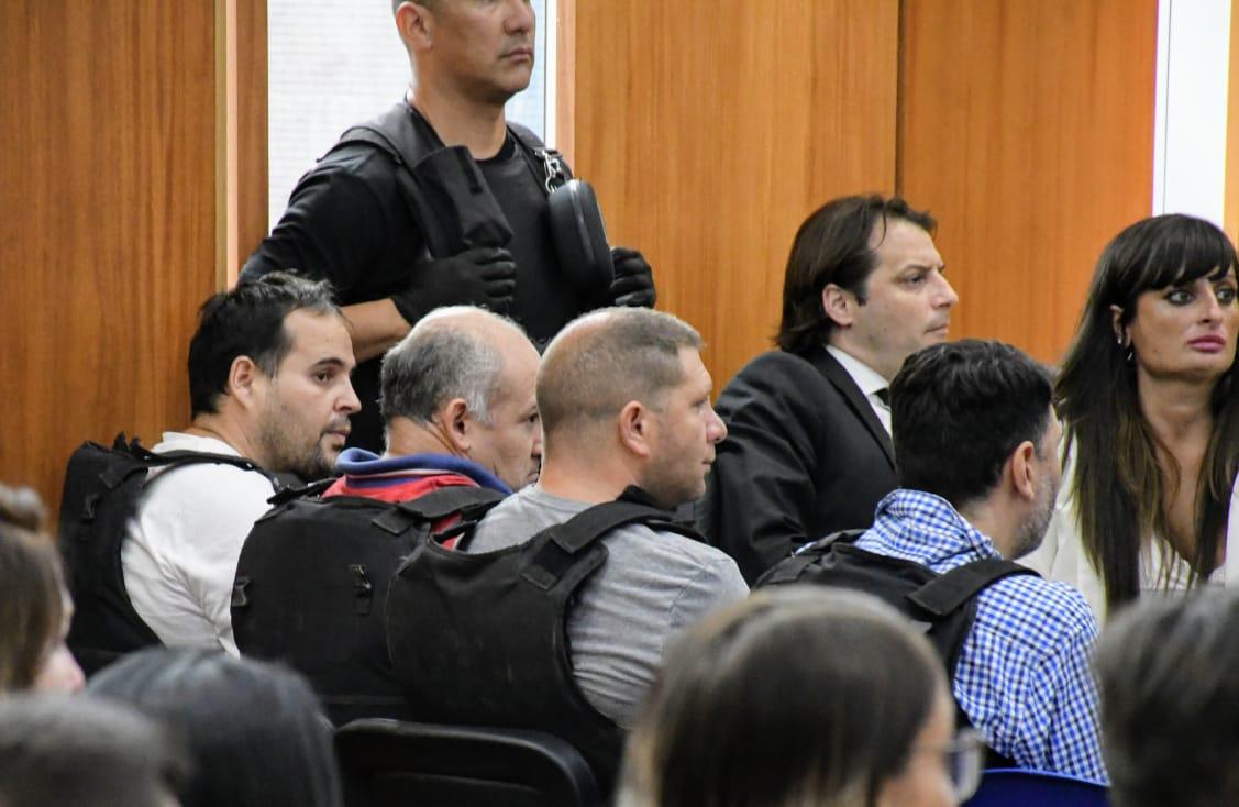 Quevertoque, segundo desde la izquierda, en el juicio anterior.