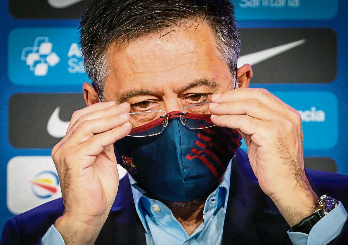 Bartomeu, un poco más jaqueado, además de lo de la pelea con Messi.