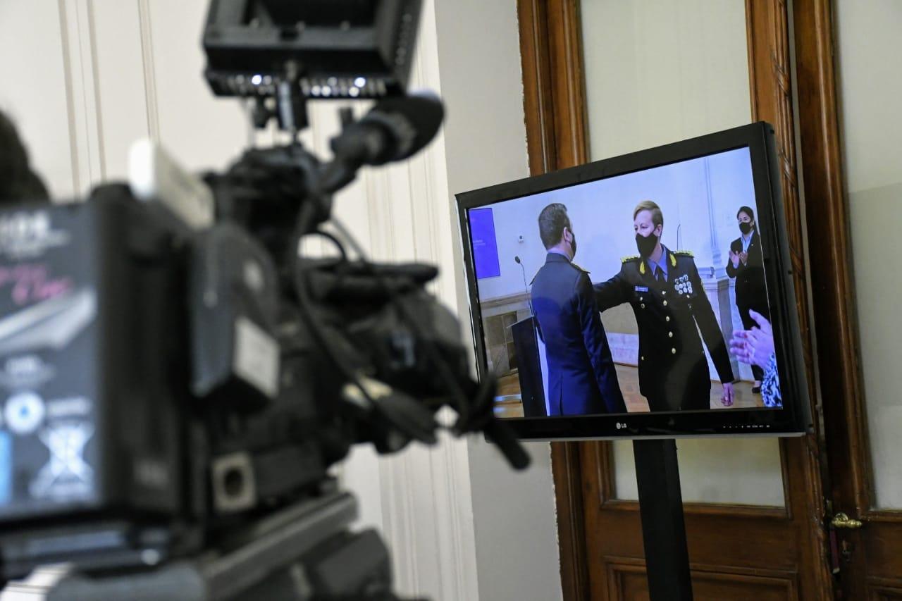 Chimenti asumió este jueves en un acto con público y a puertas cerradas de la prensa.