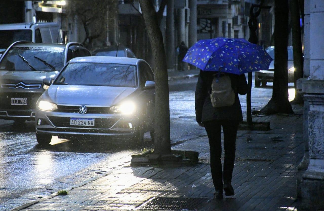 Lluvia casi todo el día