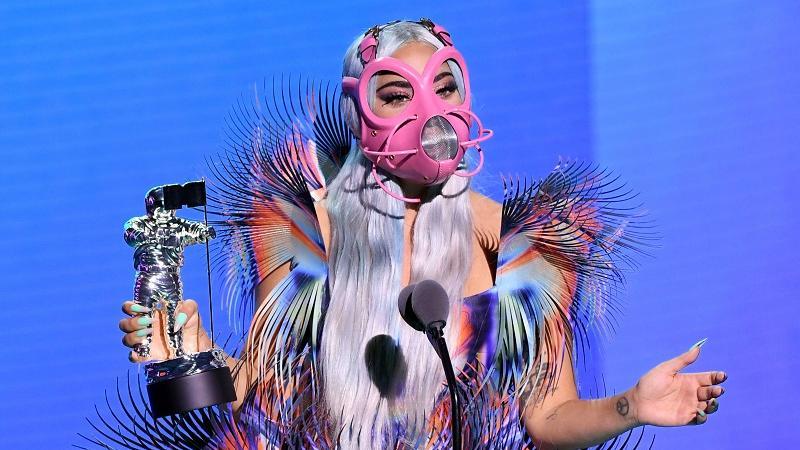 La cantante sorprendió como siempre, esta vez con sus máscaras sanitarias.
