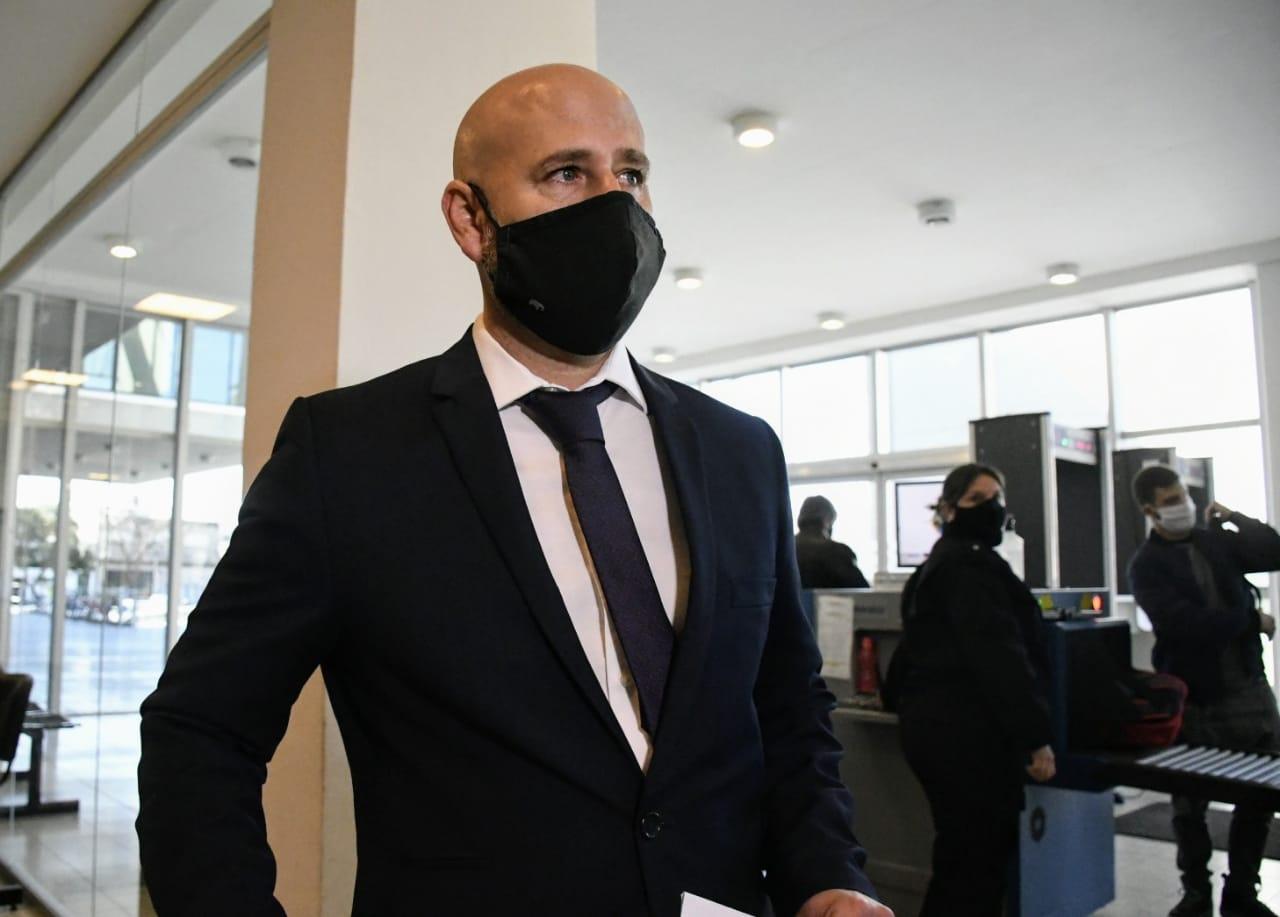 Serjal esperará el juicio en prisión.
