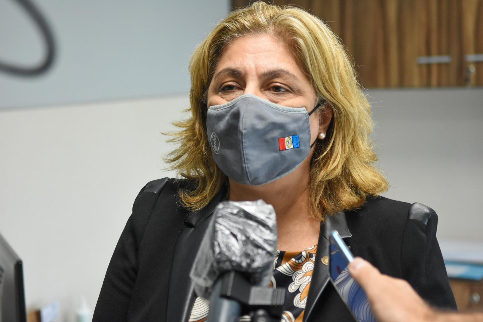 La ministra blanqueó la preocupación oficial por el ritmo de contagios.