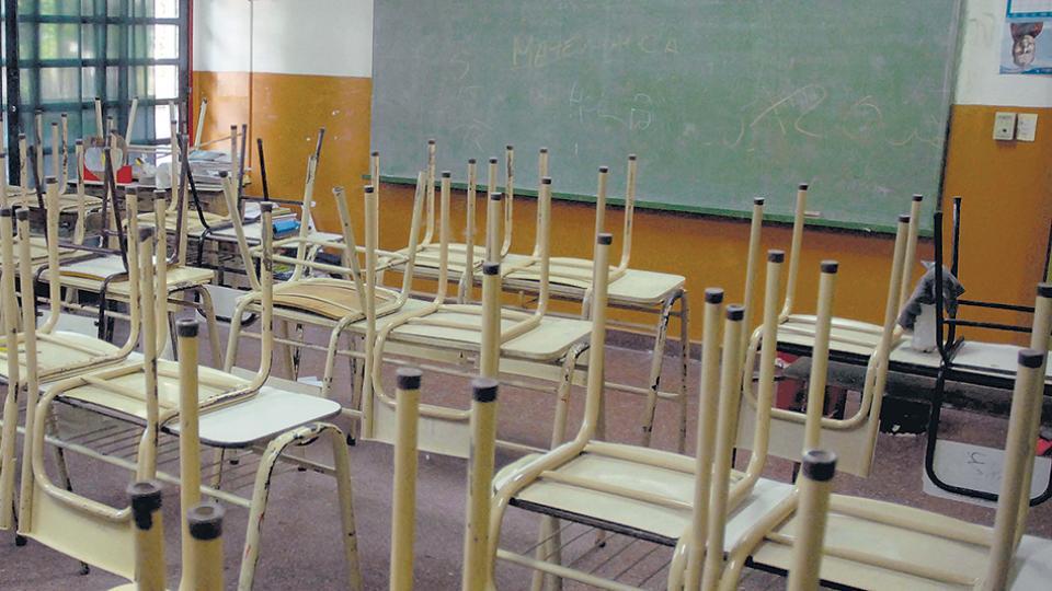 Las aulas vacías, una ostal que se repite en el país y en el mundo.
