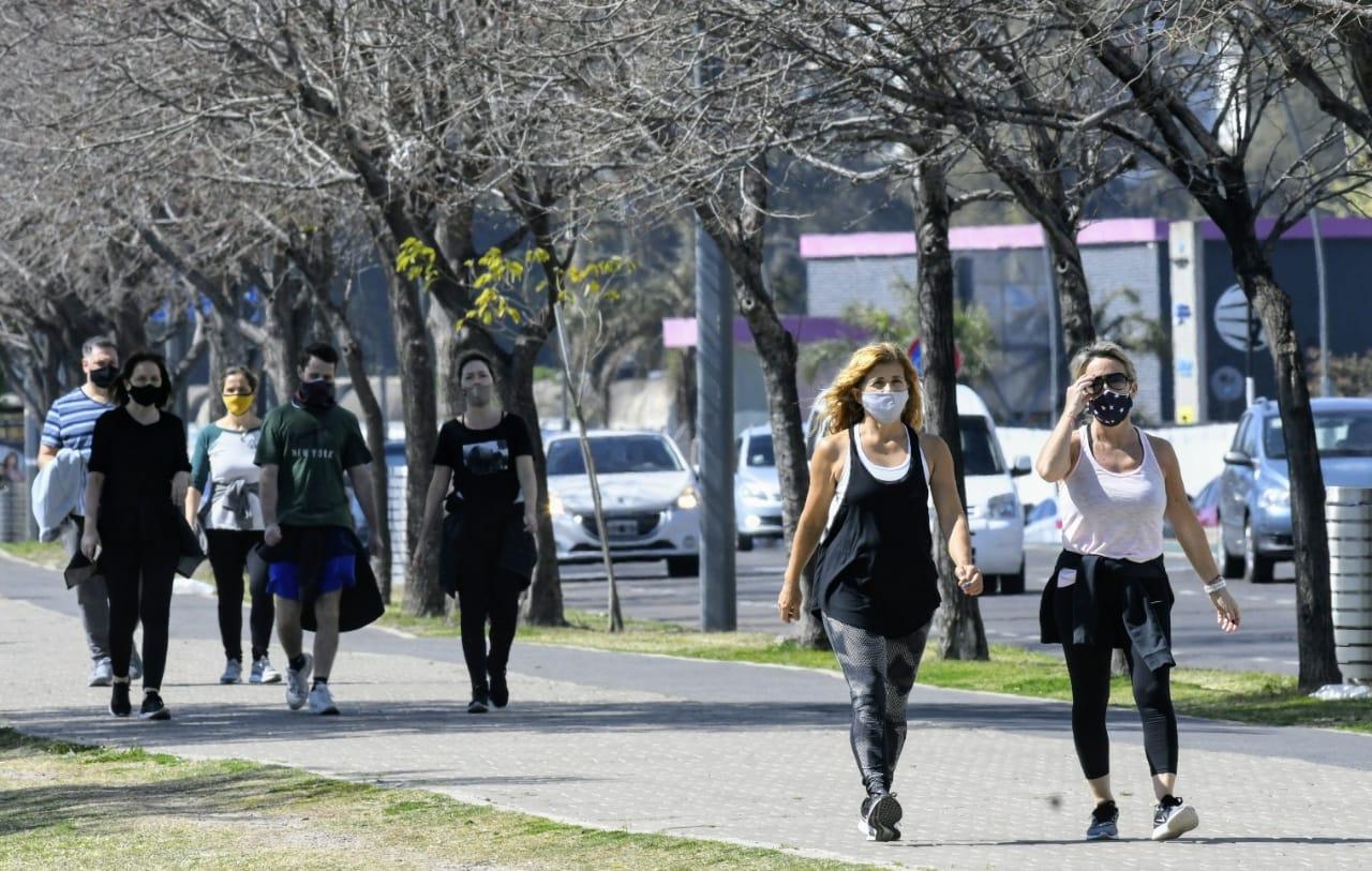 La ciudad bajó el nivel que llevaba de 700 contagiados en los últimos días.
